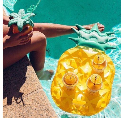 Pineapple floating drink holder - GROOVY PINEAPPLE