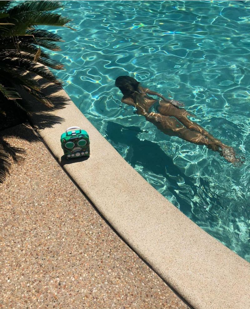 Tropisk bärbar radio, kompatibel smarttelefon - BEACH SOUNDS BANANA PALM