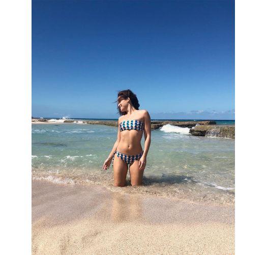 Bandeau bikini geometrisk og knyttede sider på underdelen - GEOMETRIC RETO
