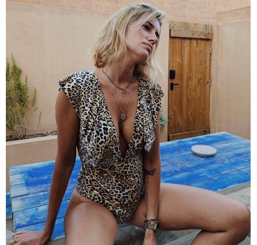 Ruffled deep neckline one-piece swimsuit - leopard - LEOPARDO FRILL