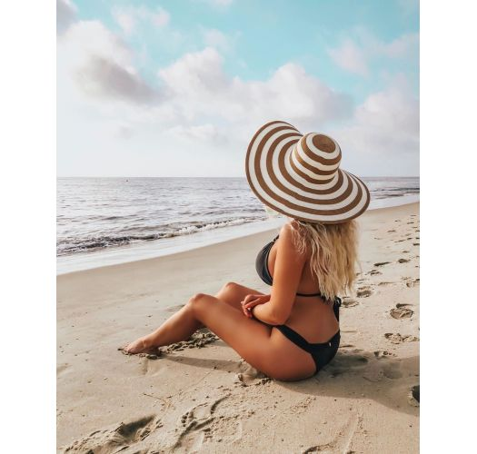 Black bikini bottom with wide band and textured fabric - BOTTOM CLOQUE PRETO TRI COS