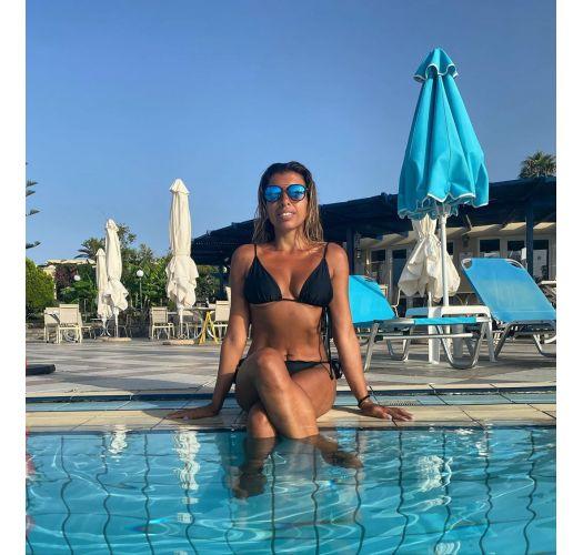 Brasiliansk bikini i svart justerbar med tynne sider - PRETO ARG FIXO
