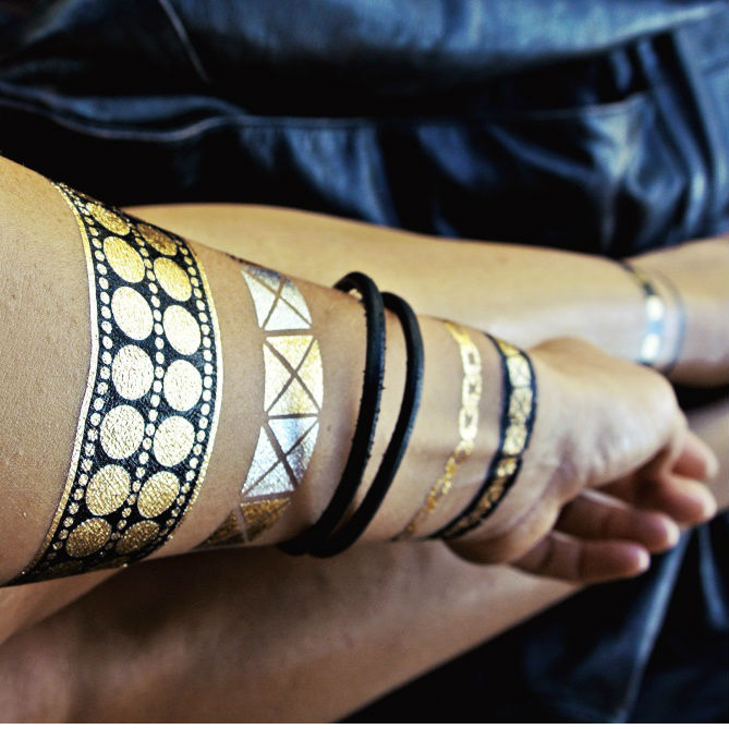 Flash tattoos black and gold rock style temporary tatoos for Black gold tattoo