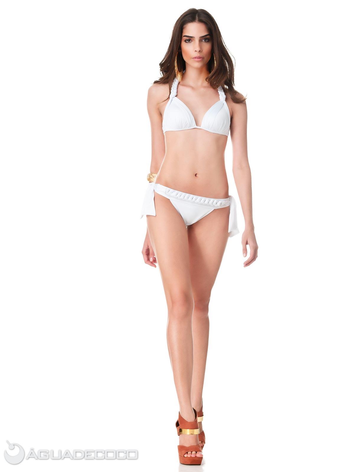 white bikini model jpg 1500x1000