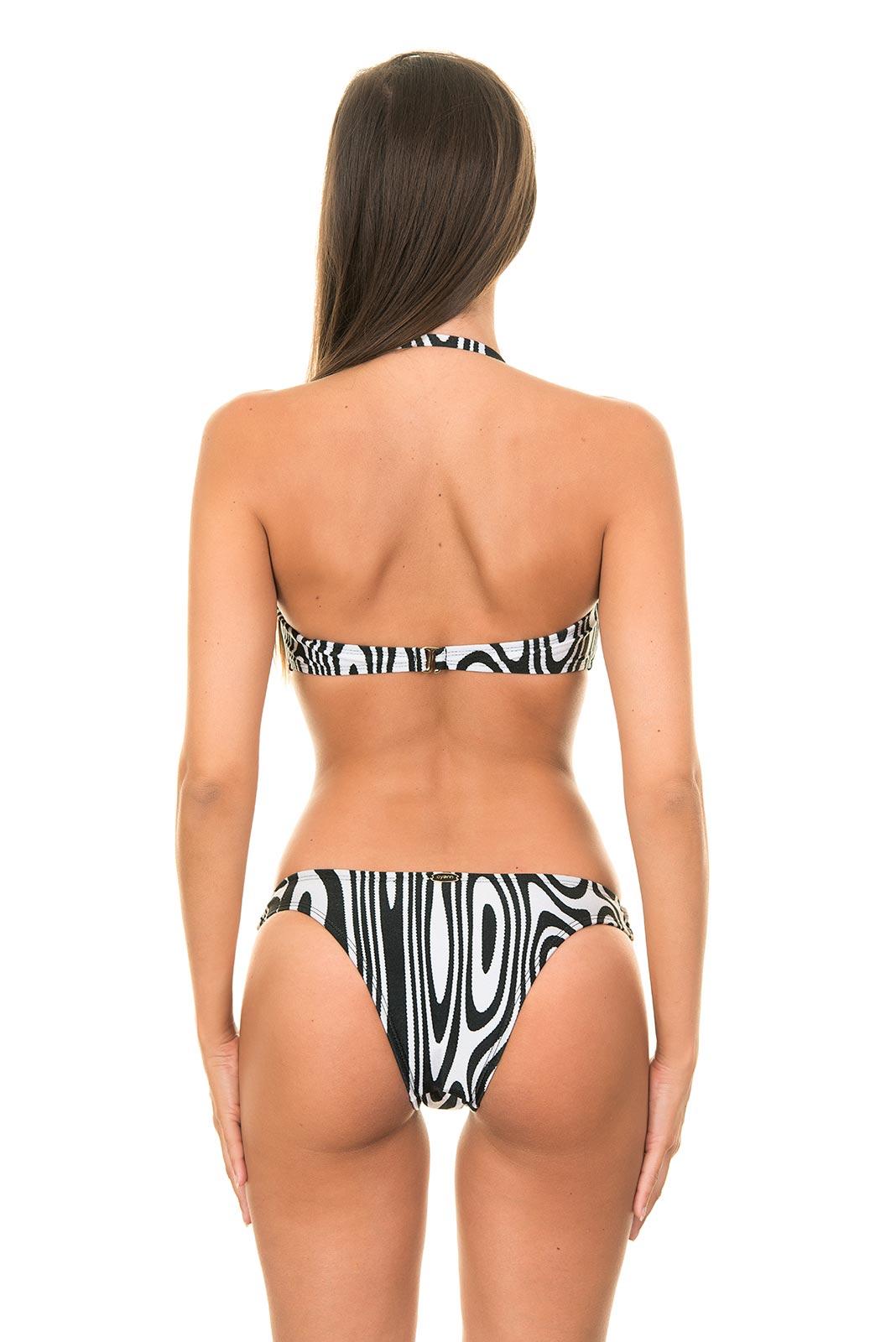 Bikini in pregnant woman