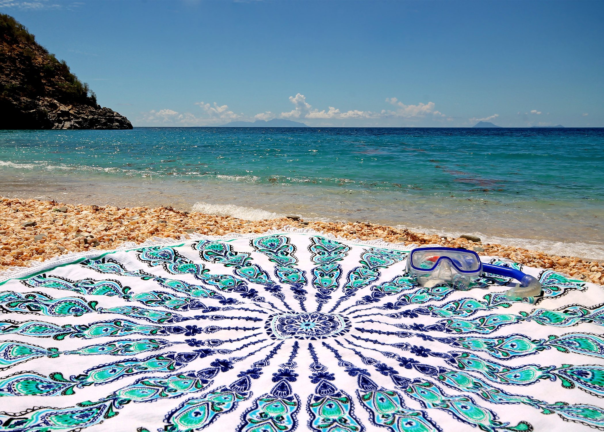 ... Bohemian Round Beach Towel With A Green Pattern   GYPSY BRANCO ...