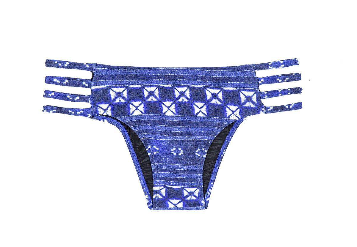 366aecf4f5e54 Blue Print Strappy Brazilian Bikini Bottom - Calcinha Cool Jean Strappy -  Rio de Sol