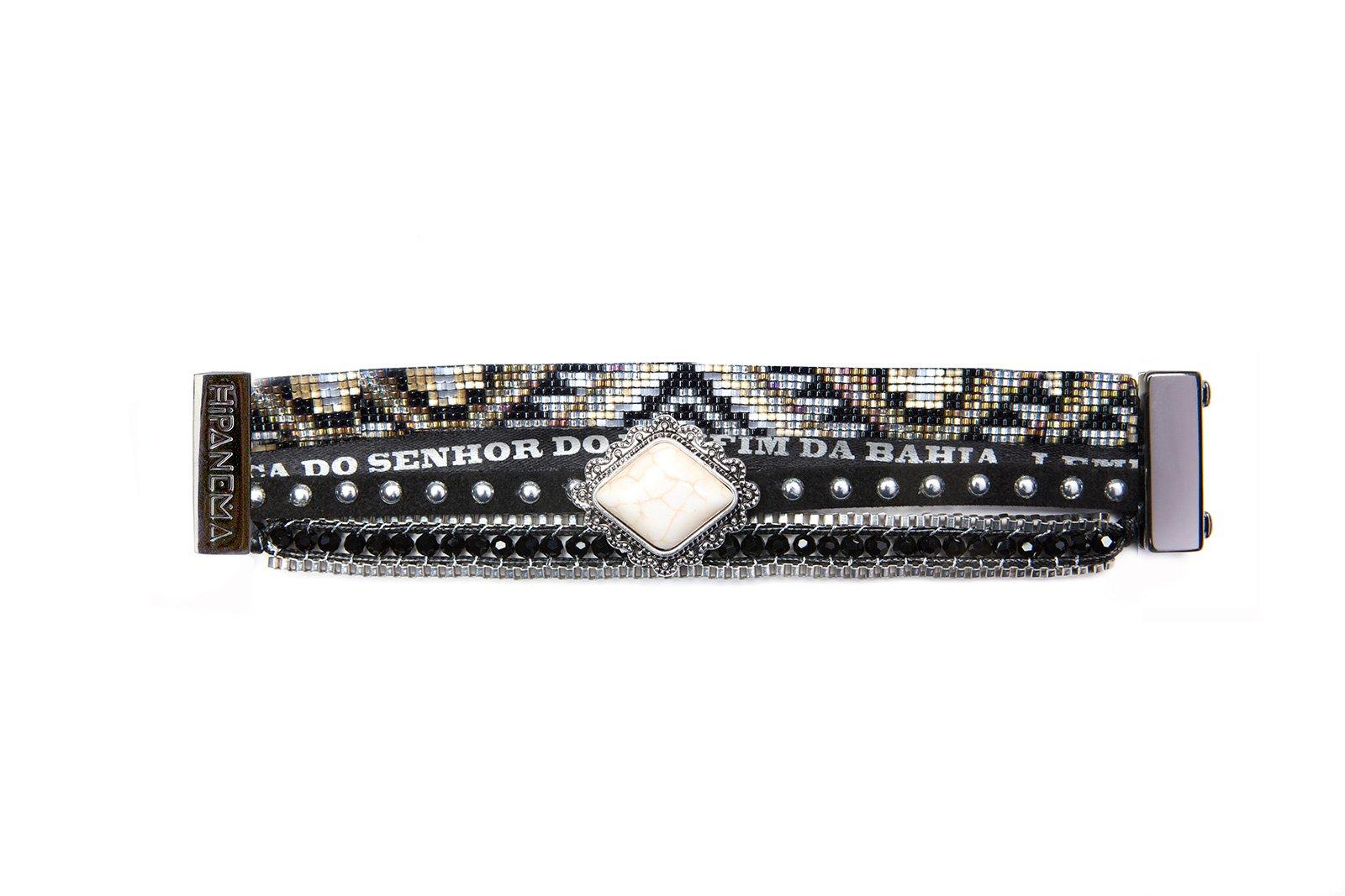 manchettes en perles et cuir noirs pierre blanche hipanema seattle. Black Bedroom Furniture Sets. Home Design Ideas