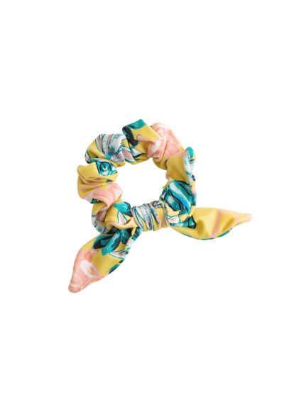 Yellow scrunchie with a bow and flowers - FLORESCER SCRUNCHIE