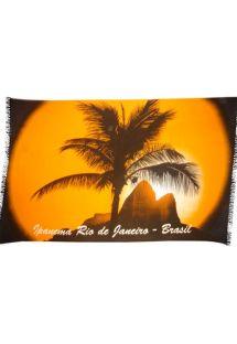 Punertavaa auringonlaskua ja palmupuita esittävä pareo - Canga Ipanema Palma