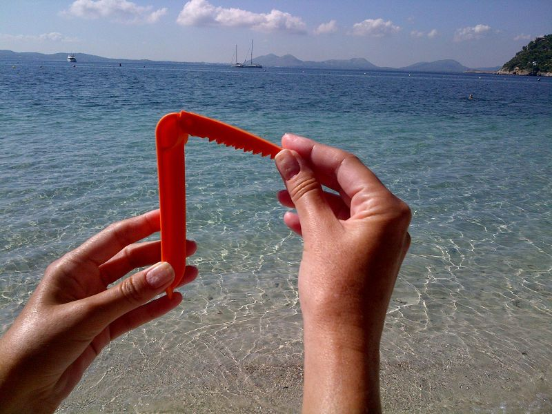 Pack of 4 Beach Towel Clips Orange