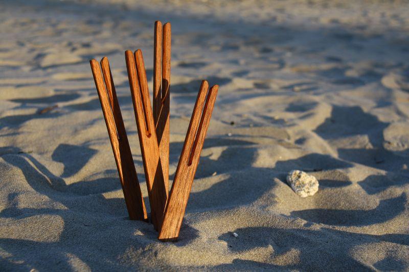 BEACH STICKS