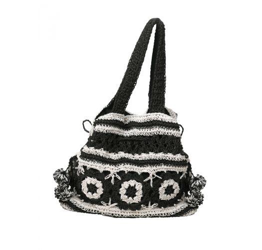 Svart og hvit heklet vekse - BLACK AND WHITE CROCHET BAG