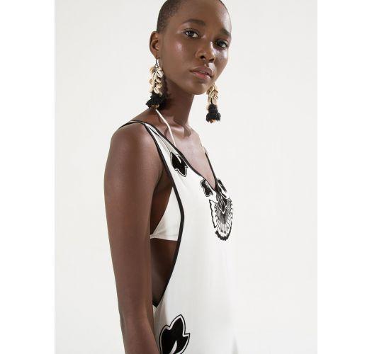 黒のモチーフが入った白いビーチドレス - VESTIDO BORDADO FLOCADO