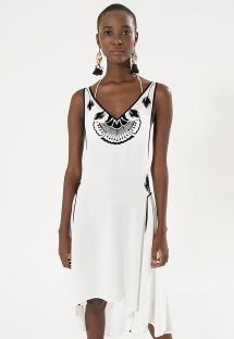 White beach dress with black motives - VESTIDO BORDADO FLOCADO
