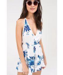 White jumpsuit with blue flowers V neckline - MACAQUINHO FRENTE UNICA