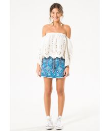 White top with Bardot neckline eyelet embroidery - BLUSA LONG SLEEVE