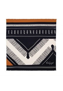 Fringed bath towel with an ethnic design - THE DREAMER