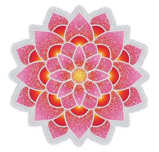 Ręcznik plażowy z frędzlami wycięty różowy kwiat lotusa - LOTUS LOVE PINK