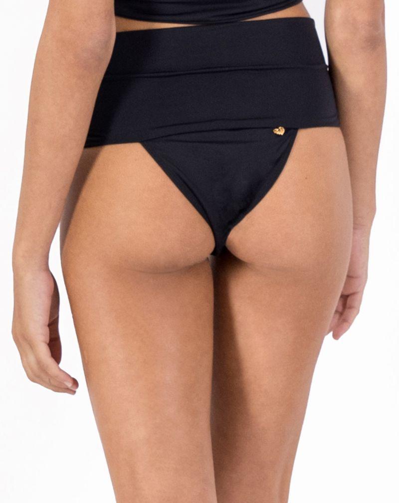 Larger side high-waisted black bikini bottom - BOTTOM PAREÔ BLACK LEATHER