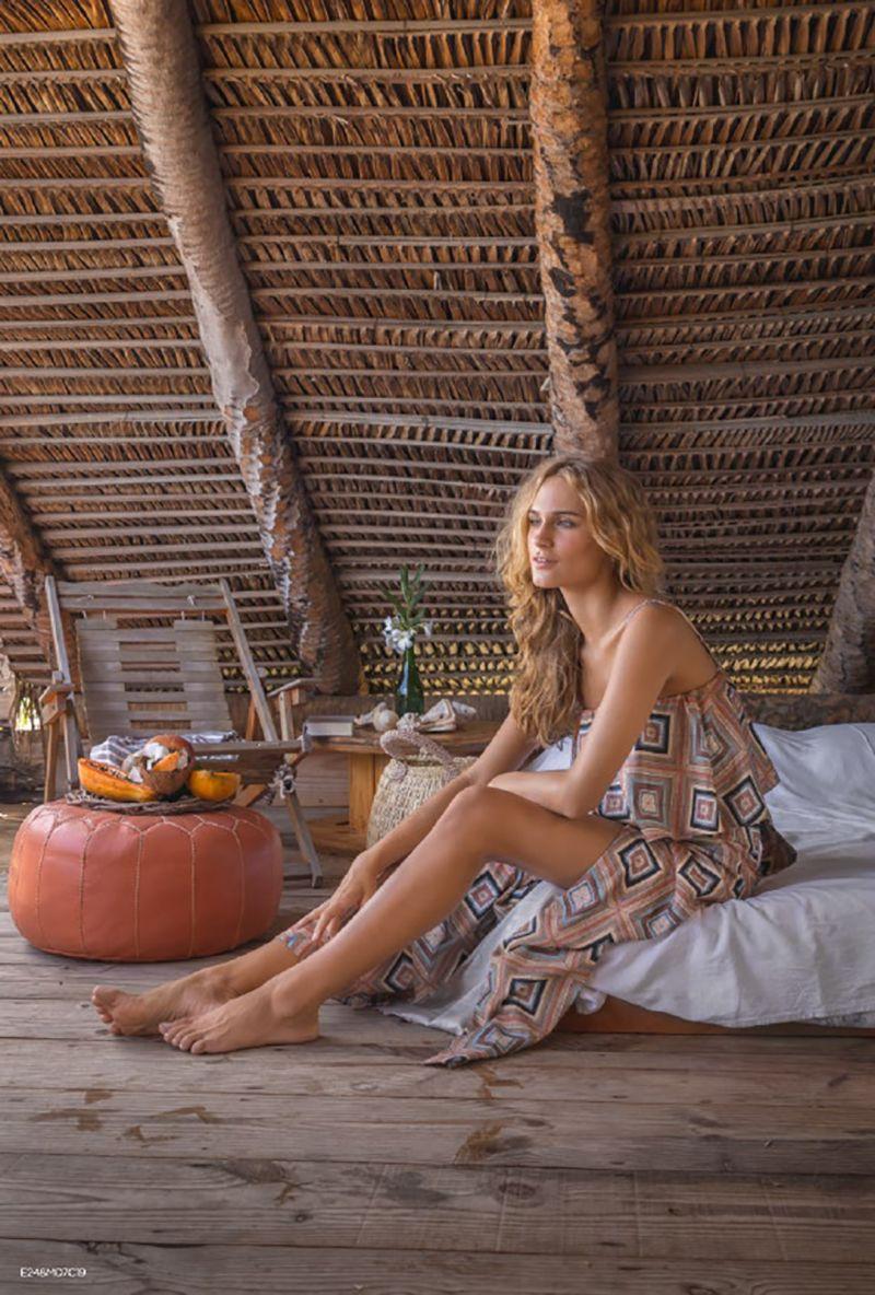 Long beach dress in geometric print - VESTIDO MARCHETARIA