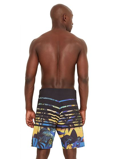 Boardshorts with a tropical sunset print - MID ENTARDECER