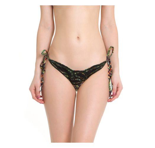 Dual material Brazilian bikini bottom, Sao Paolo Fashion Week 2016 fashion show - CALCINHA COCO PALHAS