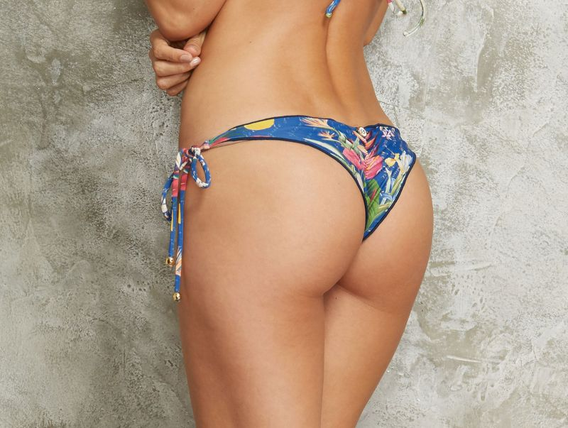 Blue floral scrunch bottom with waved details - CALCINHA MEL DESCOBRIMENTO