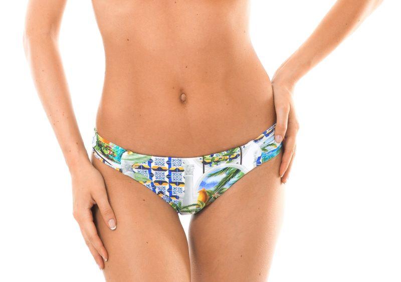 Non-adjustable Brazilian bikini bottoms with print - CALCINHA PARATY PACIFICO