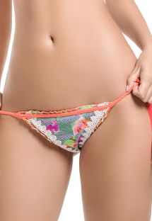 Bikini scrunch floral colorido con detalle crochet - BOTTOM CELIA DEL MAR