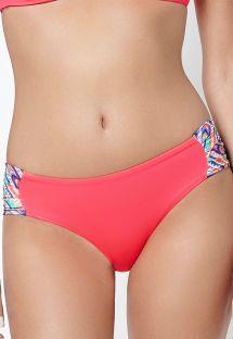 Mørkepink bikinitrusse med mønstrede sidestykker - CALCINHA ETNICO STRAPPY