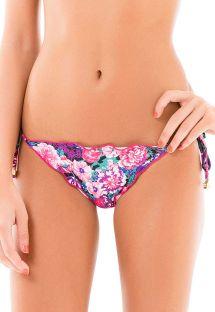 Brasiliansk scrunch bikinitrusse med lyserødt/rødviolet blomstermønster - CALCINHA LACINHO FRUFRU KITTY