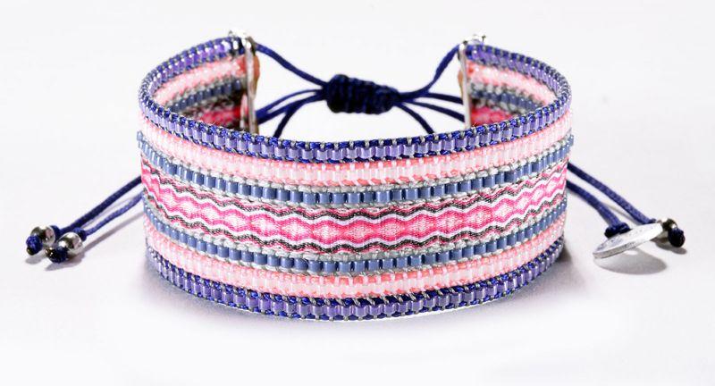 Pärlarmband med pinkfärgade och lila vävda trådar - COLLAGE PURPLE PINK