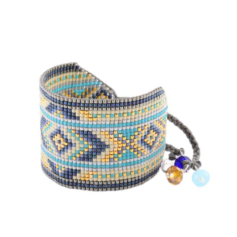 Stort armband med blå / guldfärgde geometriska mönster - Rays BE L 2908