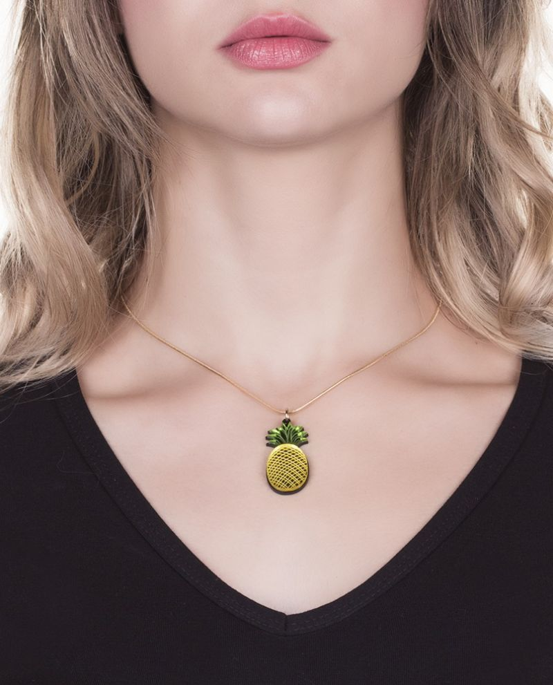 Gold-plated necklace, pineapple pendant - COLAR ABACAXI