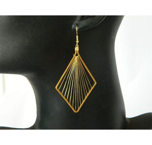 Diamond shape dangle earrings - vegetable gold - LOSANGO BORDADO