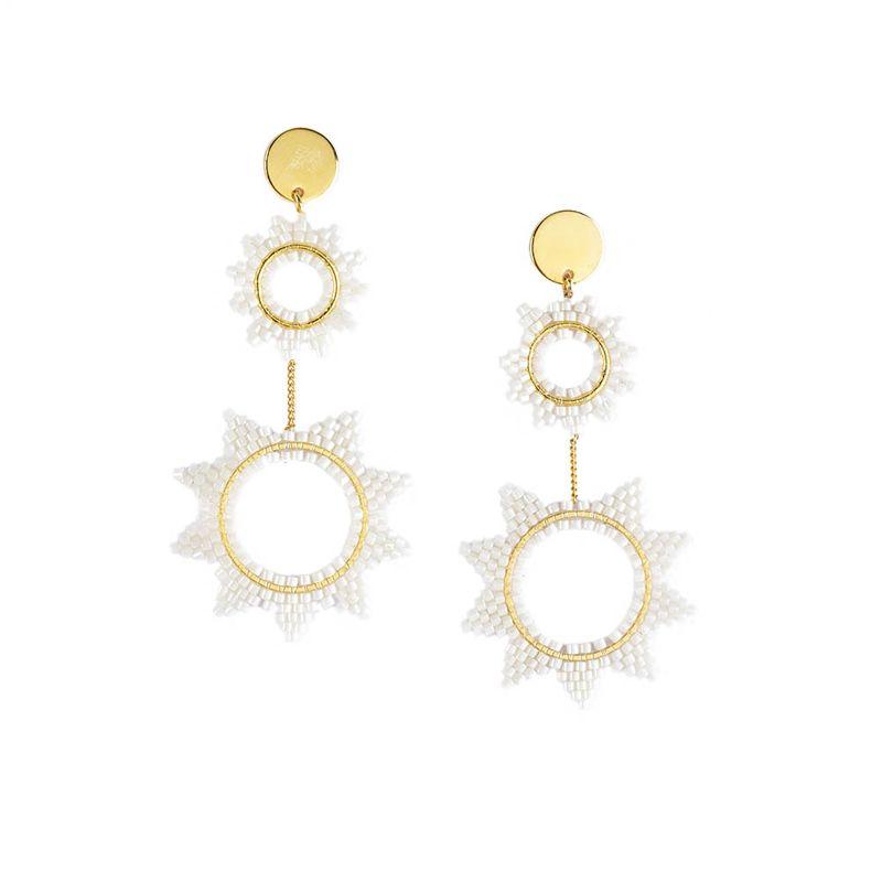 Långa örhängen med stjärnor och vita pärlor - SUPER NOVA EARRING-GP-L-7750