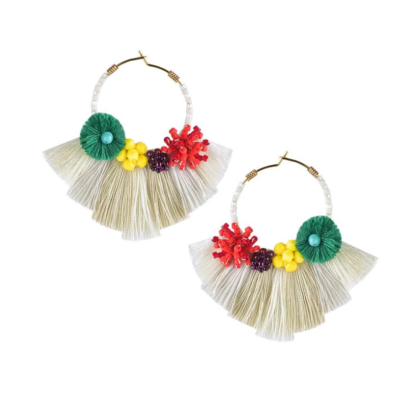 Kreolen-Ohrringe mit Perlenblumen und Pompons - CARTAGENA EARRING-BE-S-7671