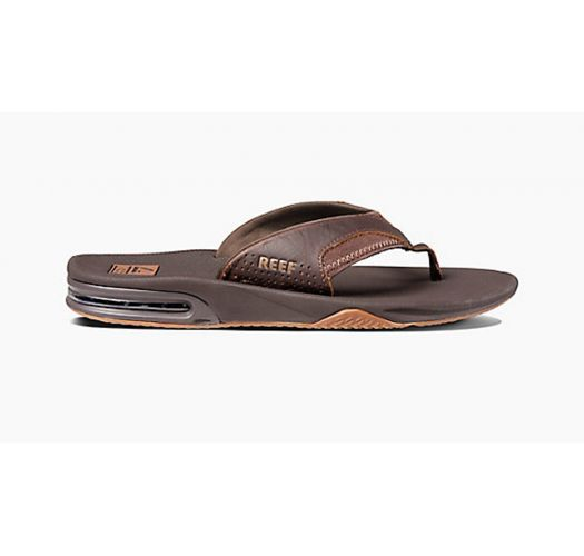 Brown flip-flops with integrated bottle opener - LEATHER FANNING BROWN