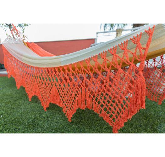Хлопчатобумажный разноцветный гамак с макраме по бокам оранжевого цвета 4,1 м х 1,55 м - MARAGOGI LARANJA