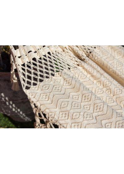Naturfärgad bomullshängmatta med jacquard- och macramé mönster - TAMBABA BEGE