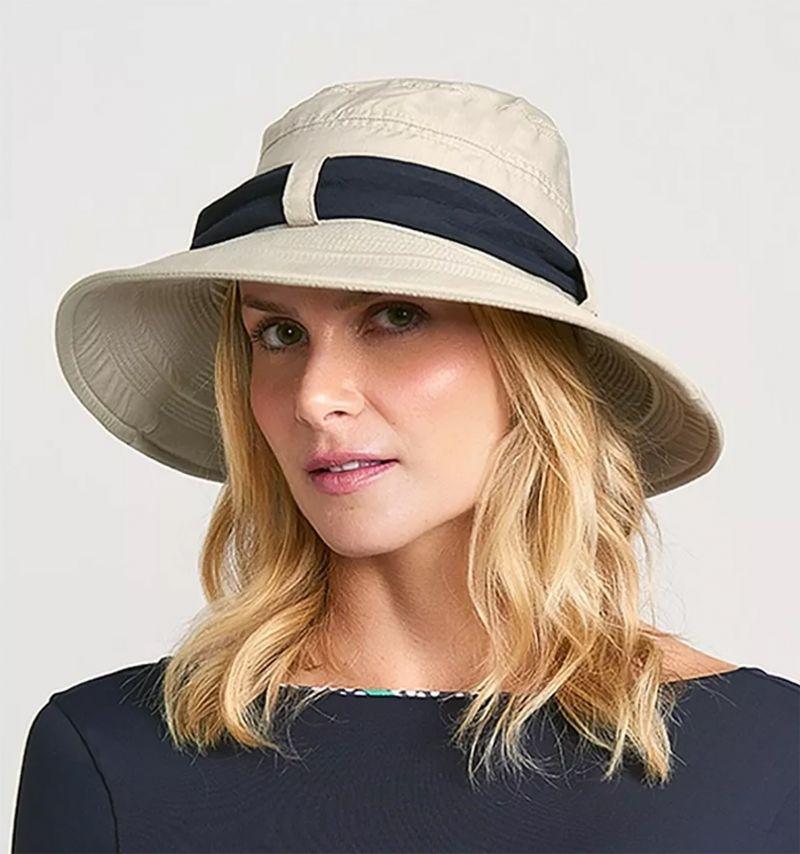 Beige beach hat with black bandana - CHAPEU PARIS VILLE AREIA - SOLAR PROTECTION UV.LINE