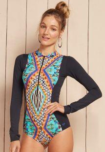 חליפת גלישה עם הדפסים צבעוניים - JOHN