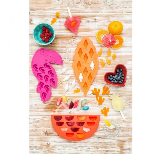 Set of 2 silicone watermelon-shaped ice trays - WATERMELON ICE TRAYS