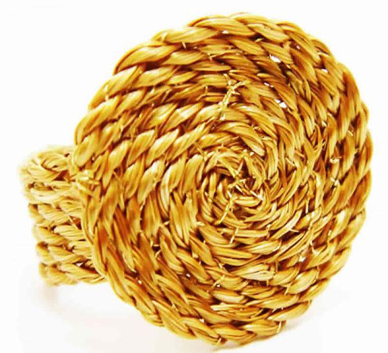 Spiralformad handgjord väska, naturmaterial - TRANCADO