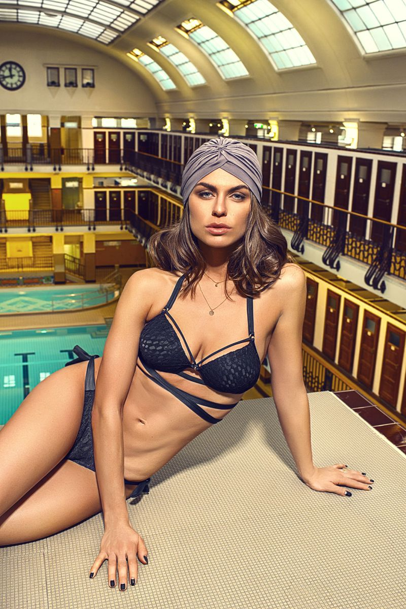 Svart balconette bikini med spetseffekt och band - TRANSPASSADO LAÇO PRETO