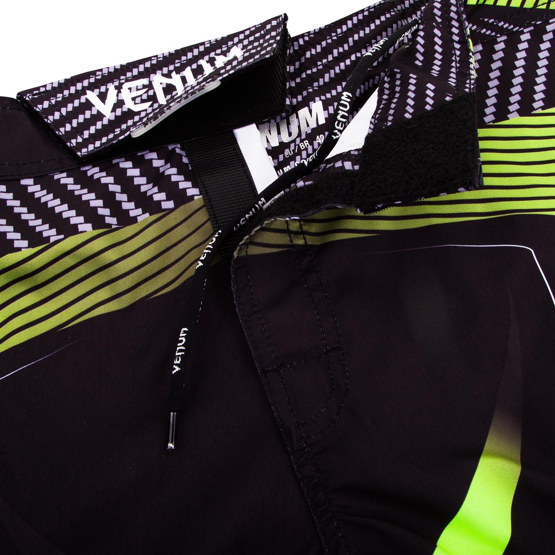 Μαύρο και πράσινο Fight σορτς με το λογότυπο της Venum - Galactic ... 69643304a46