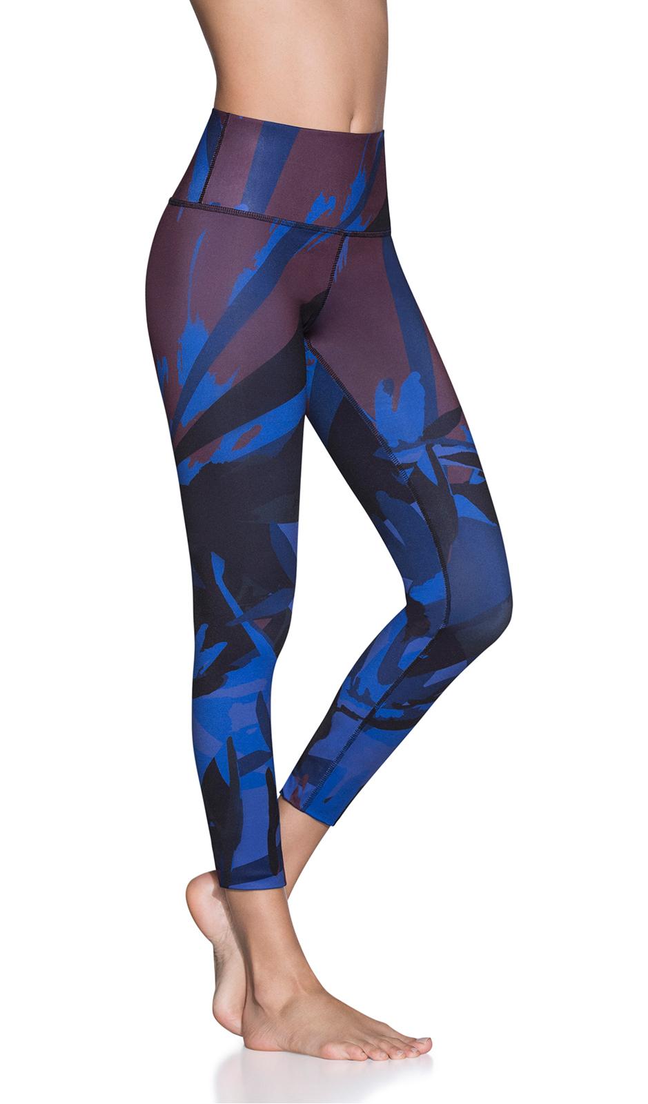 5d779ed38e 7/8-length blue print reversible sports leggings - NATIVE REVERSE SAPPHIRE  ...