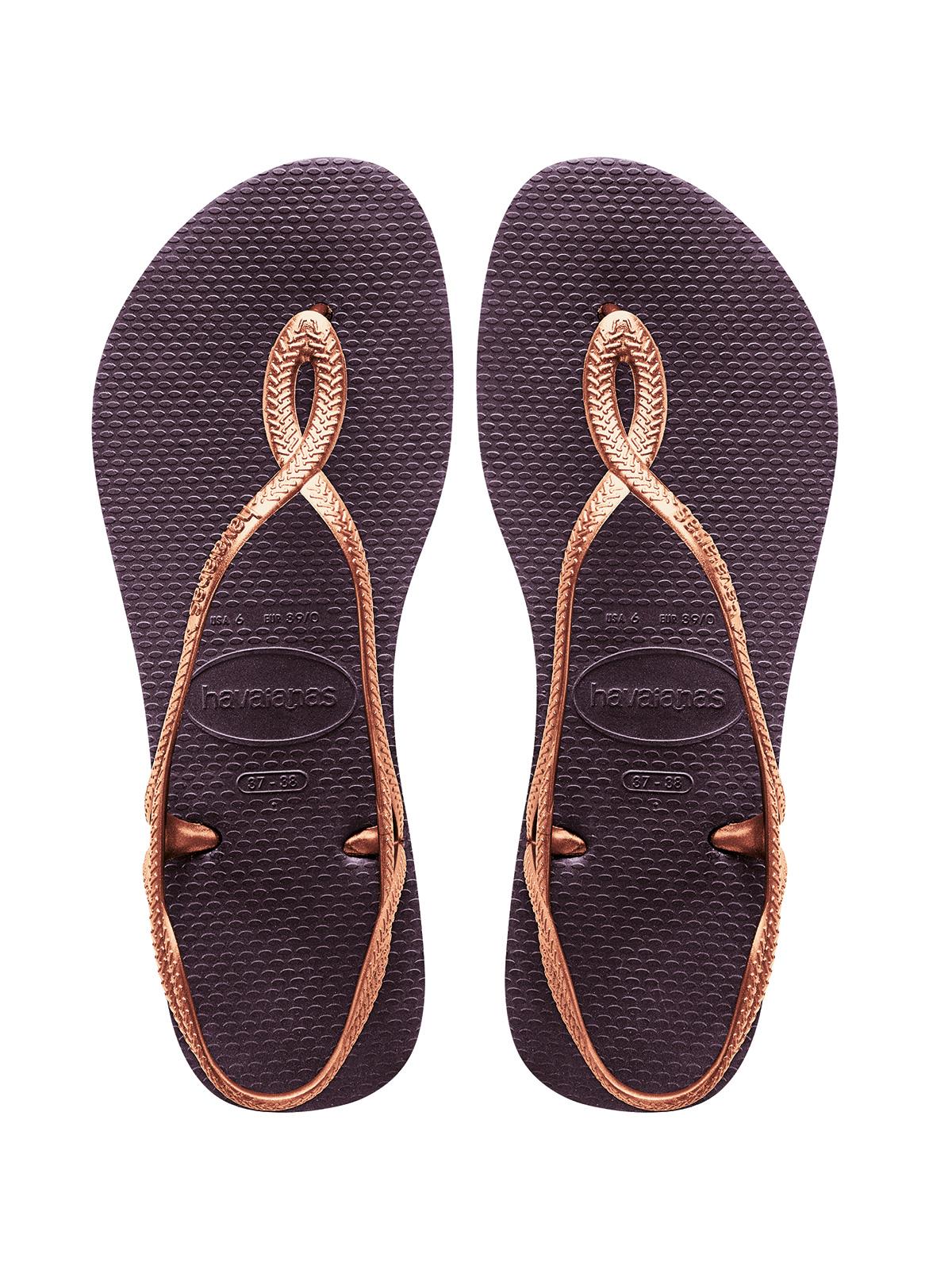 flop feet Flip