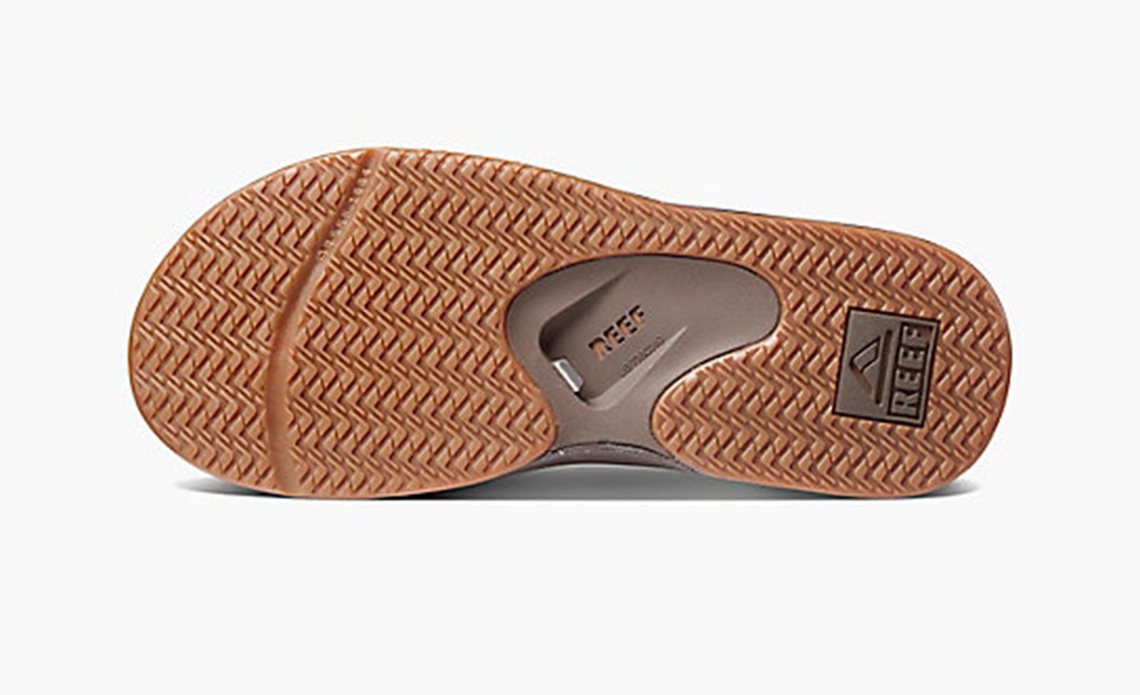 f9ebebb2957554 ... Brown flip-flops with integrated bottle opener - LEATHER FANNING BROWN  ...